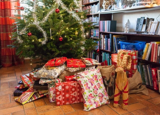 The presents in place under the Christmas three